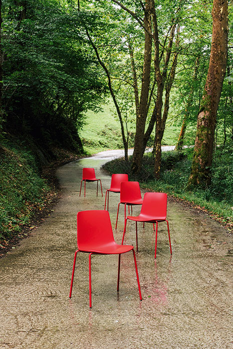Lottus chairs red
