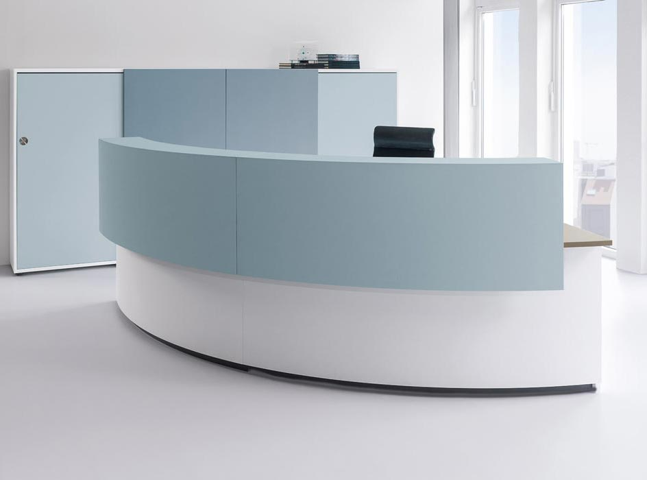 Cockpit curved reception desk