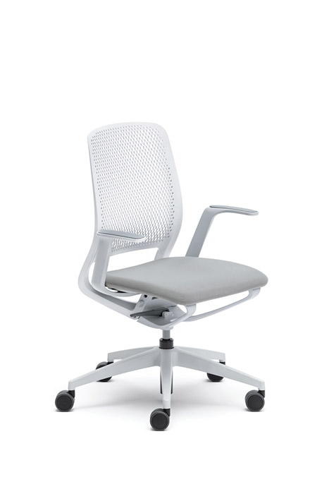 Upholstered seat pad on SE Motion chair